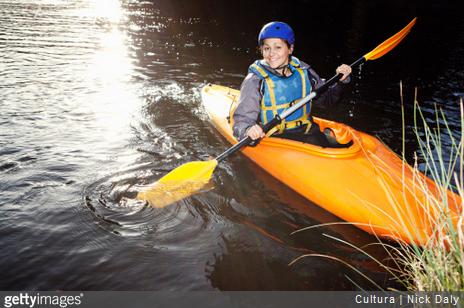 On a testé pour vous le canoë kayak, le stand up paddle et le bateau éléctrique sur la base nautique de Lery-Poses. On vous raconte !